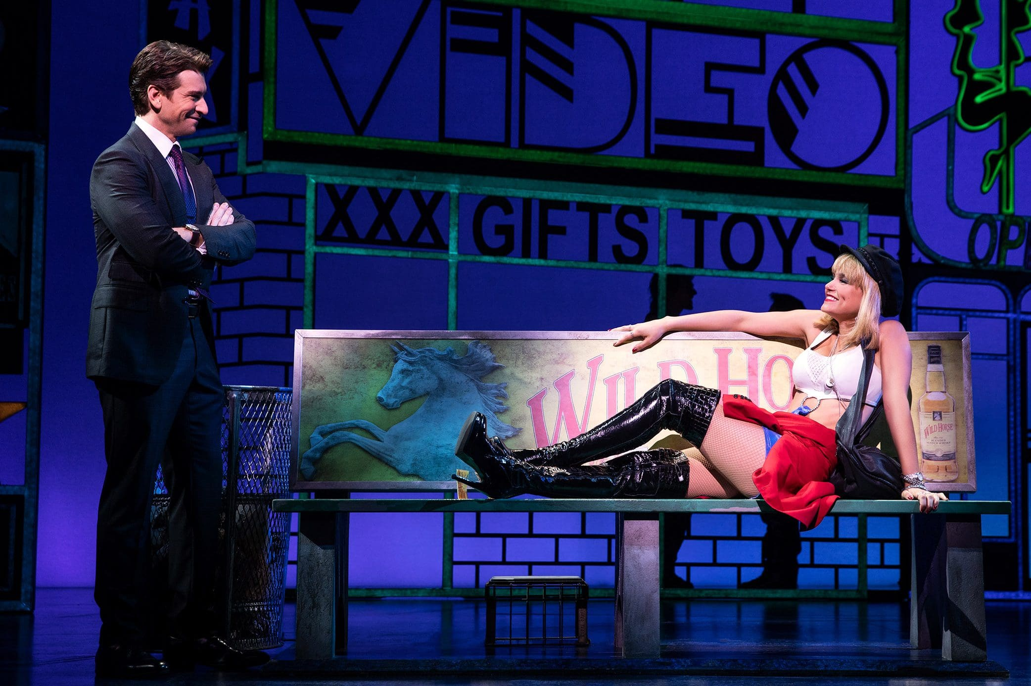 Andy Karl and Samantha Barks in PRETTY WOMAN THE MUSICAL Photo by Matthew Murphy, 2018