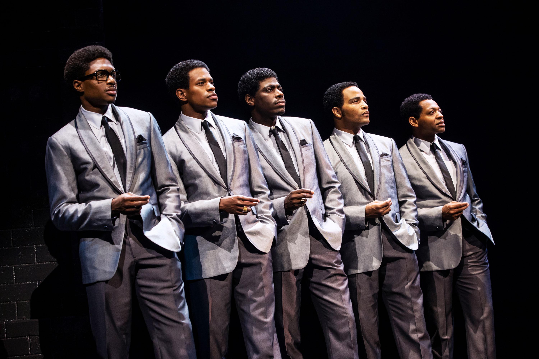The cast of Ain't Too Proud (Photo: Matthew Murphy)