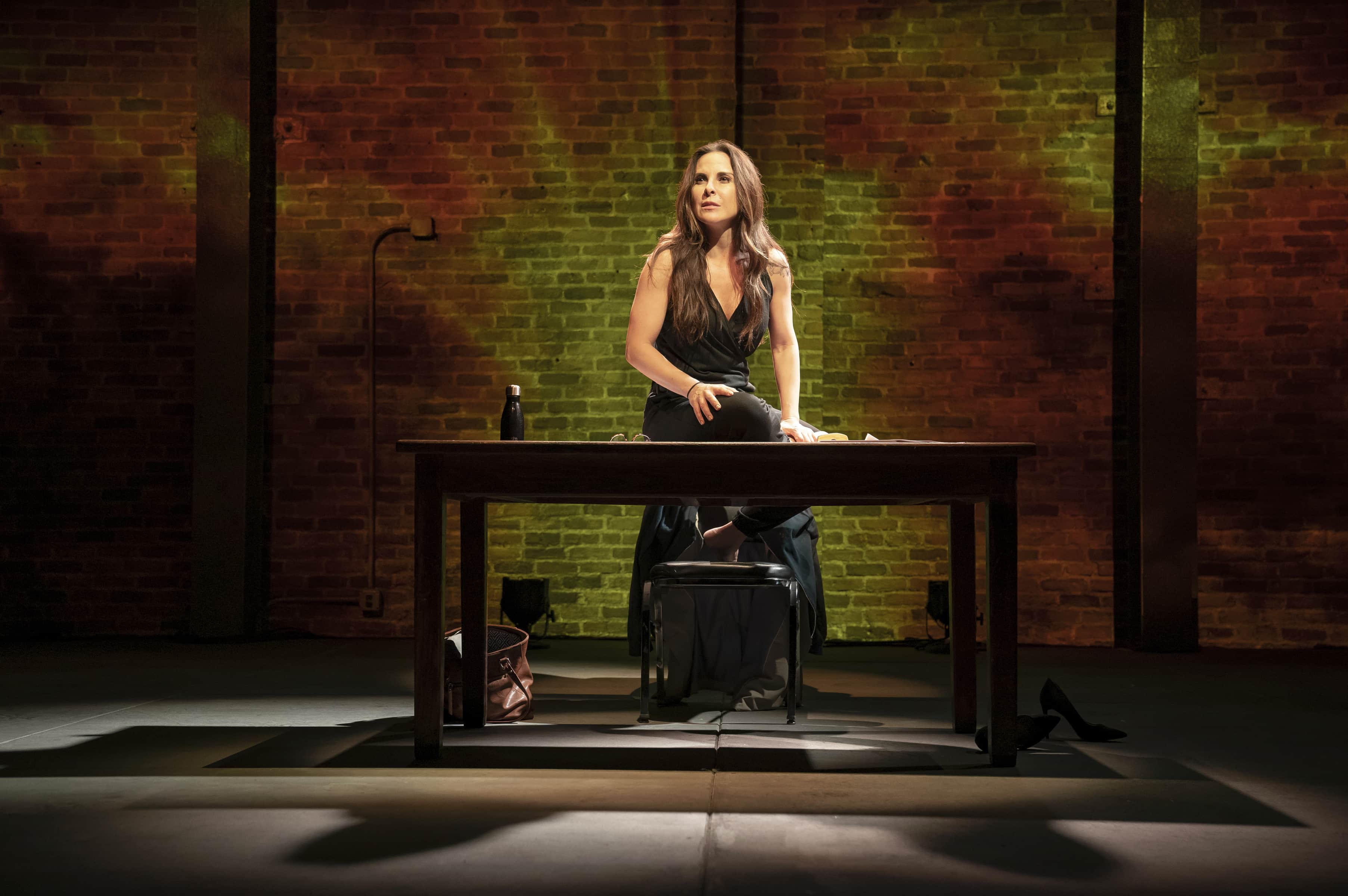 Kate del Castillo in <i>The Way She Spoke</i> (Photo: Joan Marcus)