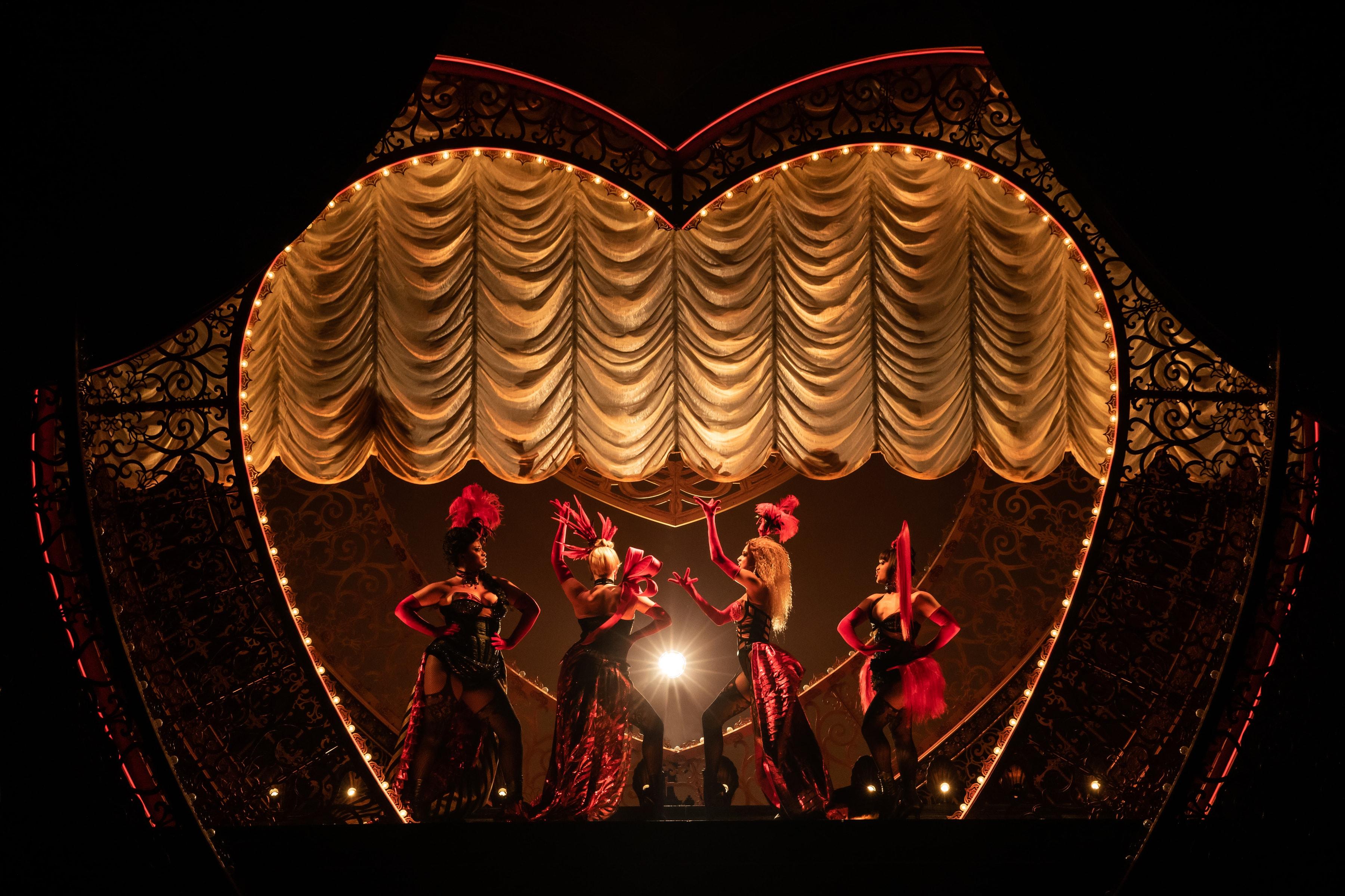 Moulin Rouge (Photo: Matthew Murphy)